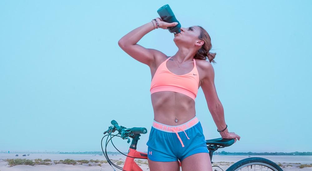 夏天喝水很重要!我一天到底要喝多少水呢?